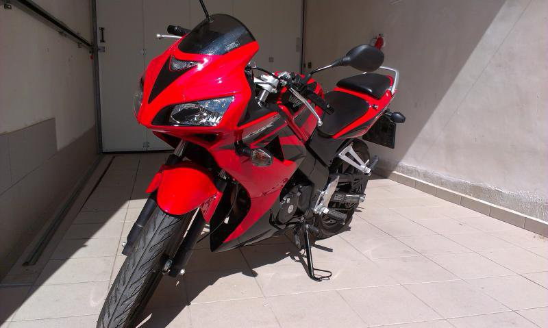 Honda CBR 125 R bazar