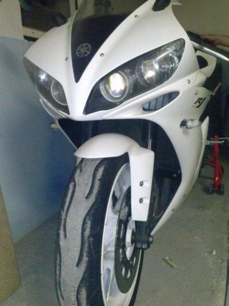 Yamaha YZF-R1 bazar