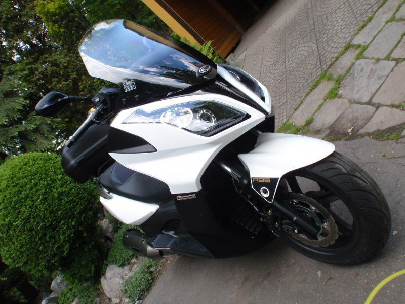 Kymco Downtown 300i bazar