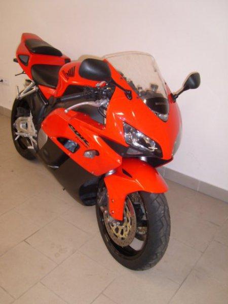 Honda CBR 1000 Fireblade bazar