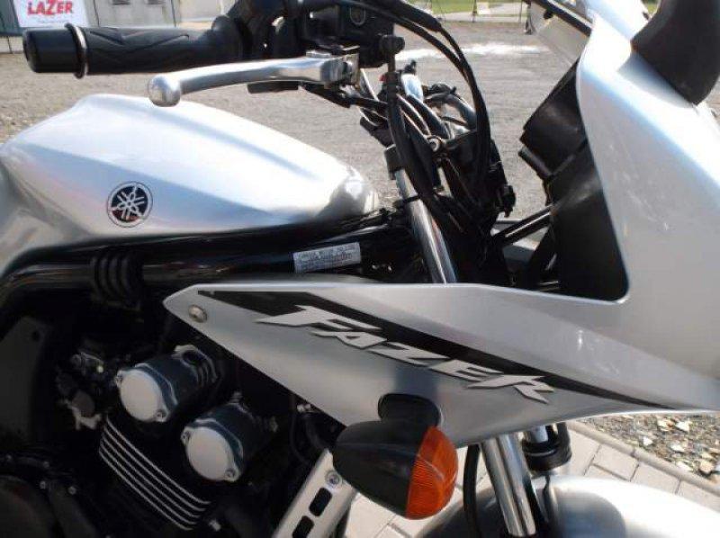 Yamaha FZS 600 Fazer bazar