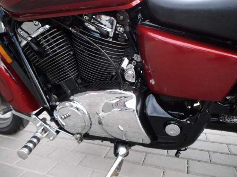 Honda VT 1100 C Shaddow bazar