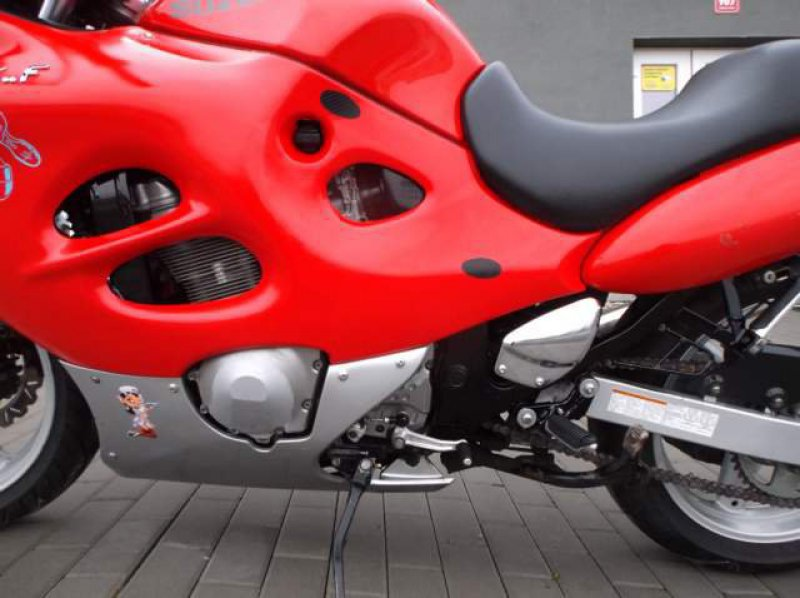 Suzuki GSX 600 F bazar