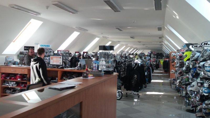 Aprilia Tuono V4 bazar