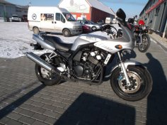 Yamaha FZS 600 S Fazer
