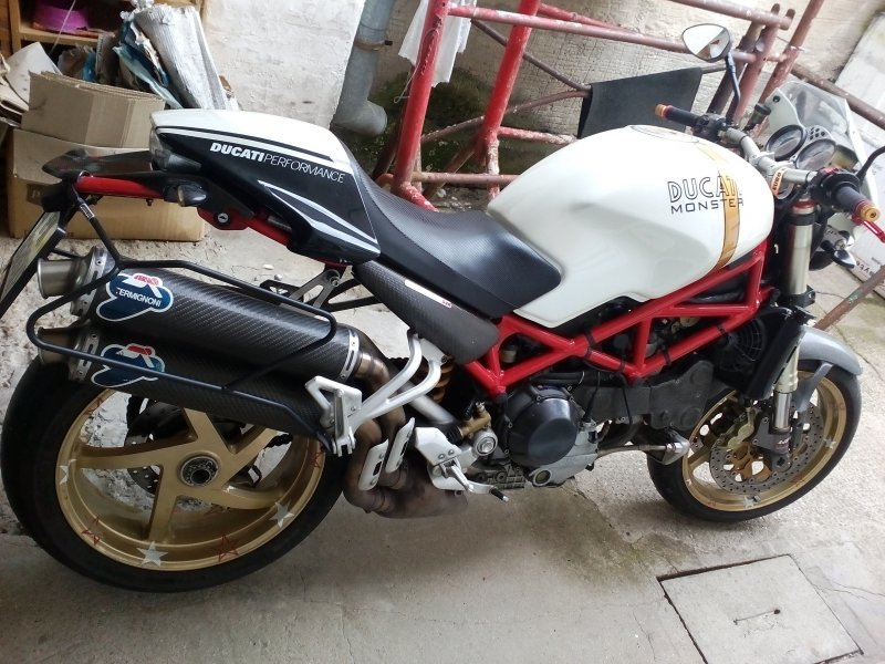Ducati Monster S4R bazar