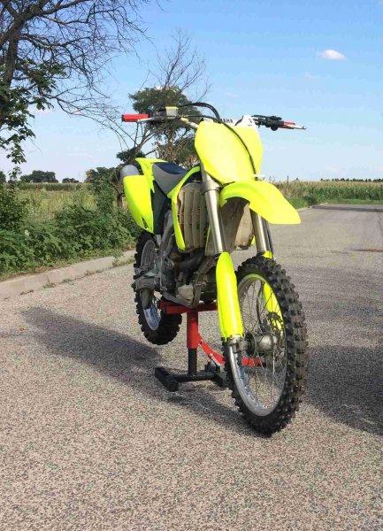 Yamaha YZ 450 F bazar