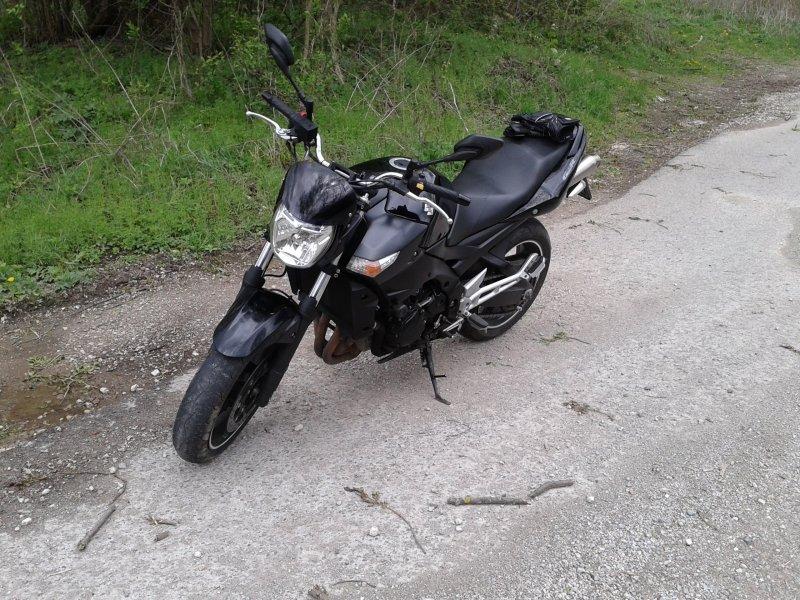 Suzuki GSR 600 bazar