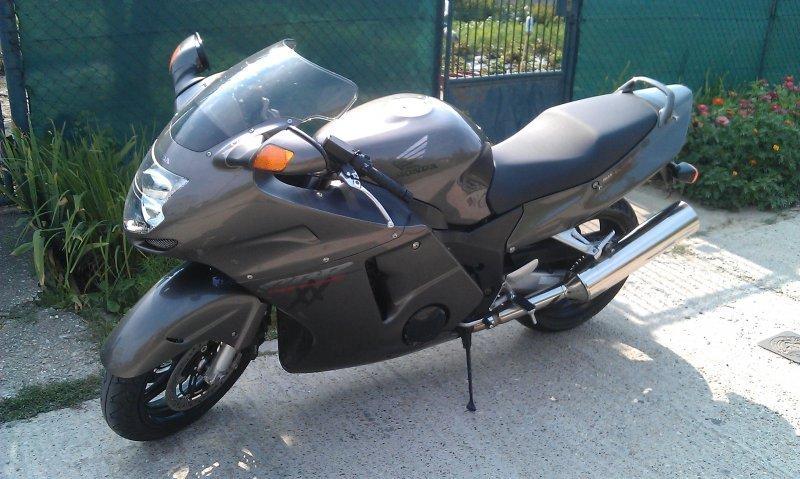 Honda CBR 1000 XX Super Blackbird bazar